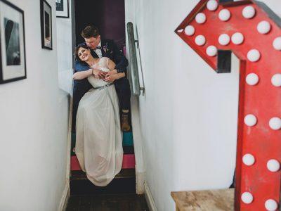 The Globe at Hay on Wye Wedding Photography : Vintage Wedding - Hannah & Gareth